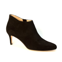Yelm Black Suede by Pelle Moda Shoes